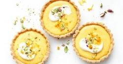 Tartas de pistacho y cuajada de naranja sin gluten