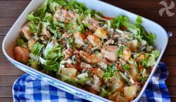 Ensalada de salmón, patata y zanahoria