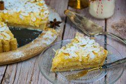 Tarta de crema con almendras