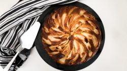 Torta de manzana con ron
